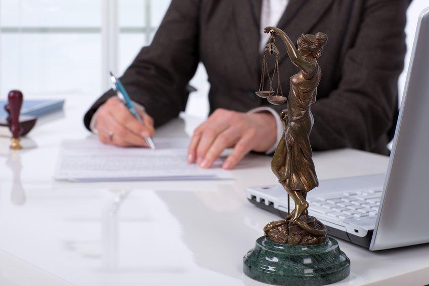 Business-Lawyer1.jpg (848×565)